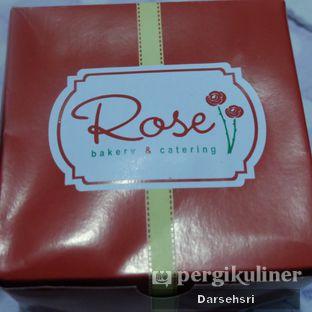 Foto 6 - Interior di Rose Bakery & Catering oleh Darsehsri Handayani