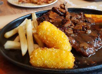 11 Restoran Steak di Surabaya Paling Enak & Favorit