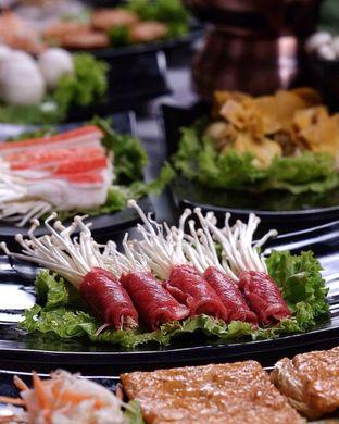Foto 1 - Makanan di The Royal Pot oleh Nanakoot