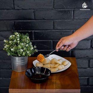 Foto 3 - Makanan(Cireng Pandawa With Special Saos Pedas Manis from @warunk_upnormal) di Warunk UpNormal oleh Foodinhands Community IG  : @foodinhands