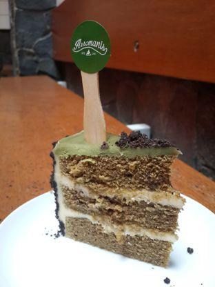 Foto 3 - Makanan(Green Tea Cake) di Arromanis oleh NOTIFOODCATION Notice, Food, & Location