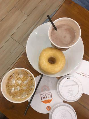 Foto 1 - Makanan di J.CO Donuts & Coffee oleh Prido ZH