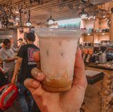 Foto Embun Pagi di Eiger Coffee