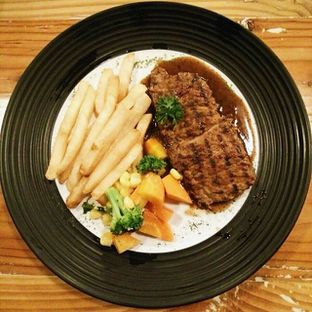 Foto - Makanan di Ludwick Cafe oleh Mr Hungry and Mrs Always Hungry