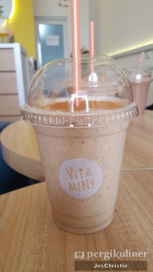 Foto 4 - Makanan(Apple Pie) di Vita-Mine Smoothie Bar oleh JC Wen