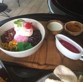 Foto Es Kacang Merah 49k di SOUL Drink & Dine