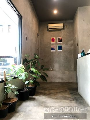 Foto 6 - Interior di Tanaya Coffee oleh riamrt