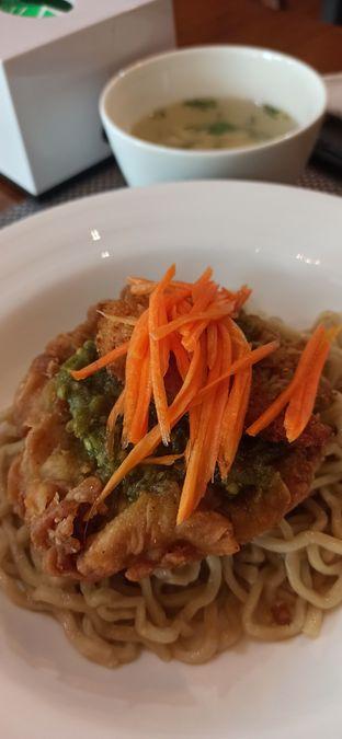 Foto review GreenPlus Vegan oleh Arianti Sungoro 1