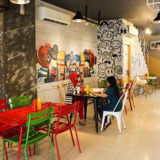 Foto 2 - Interior di Panties Pizza oleh Christine Lie #FoodCraverID