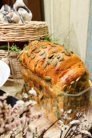 Foto 2 - Makanan di Francis Artisan Bakery oleh thehandsofcuisine