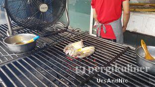 Foto 4 - Interior di Makassar Seafood Pelangi oleh UrsAndNic