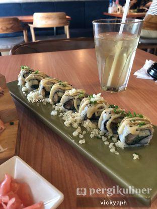 Foto - Makanan(Chicken Teriyaki Roll) di Kushiro oleh Vicky @vickyaph