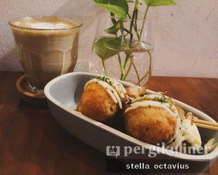 Foto 1 - Makanan di Kedai Kopi Legend oleh Stella @stellaoctavius