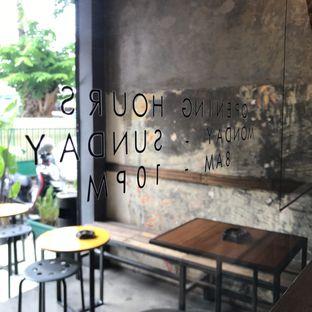 Foto 8 - Interior di Kopi + Susu oleh Della Ayu