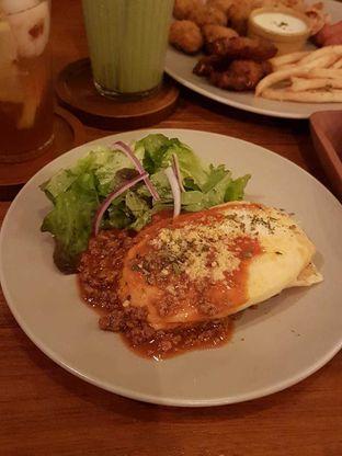 Foto 2 - Makanan(Beef Lasagna) di Toodz House oleh Pria Lemak Jenuh