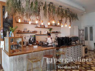 Foto 8 - Interior di Pigeon Hole Coffee oleh Sillyoldbear.id