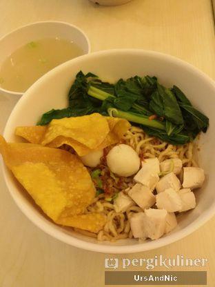 Foto 2 - Makanan(Bakmi Ah Mei) di Ah Mei Cafe oleh UrsAndNic