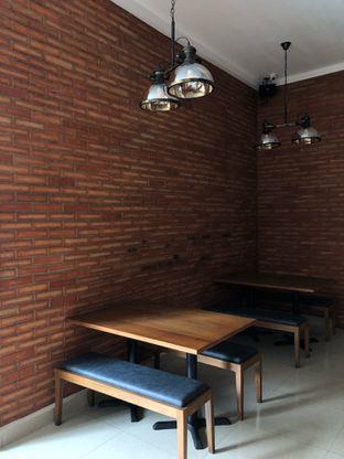 Foto 13 - Interior di Cia' Jo Manadonese Grill oleh Mitha Komala