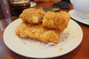 Foto 1 - Makanan(Lumpia Udang Kulit Tahu) di Eastern Restaurant oleh Novita Purnamasari