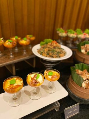 Foto review Pelangi Cafe - Ambhara Hotel oleh Yohanacandra (@kulinerkapandiet) 9