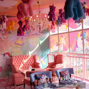 Foto 5 - Interior di Miss Unicorn oleh Darsehsri Handayani
