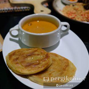 Foto 3 - Makanan di Mid East Restaurant oleh Darsehsri Handayani