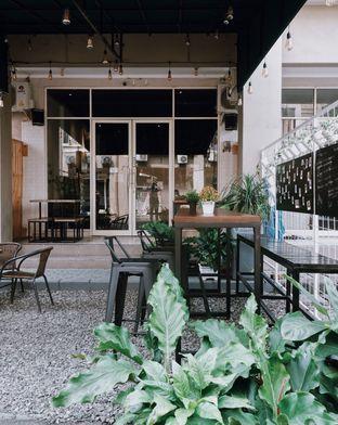 Foto 7 - Eksterior di Yard Coffee oleh Della Ayu