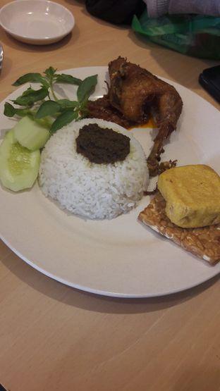 Foto 1 - Makanan di Pak Qomar - Bebek & Ayam Goreng oleh Cynthia Harianto