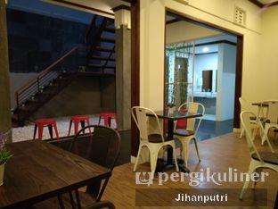 Foto 4 - Interior di Cozy Cube Coffee oleh Jihan Rahayu Putri