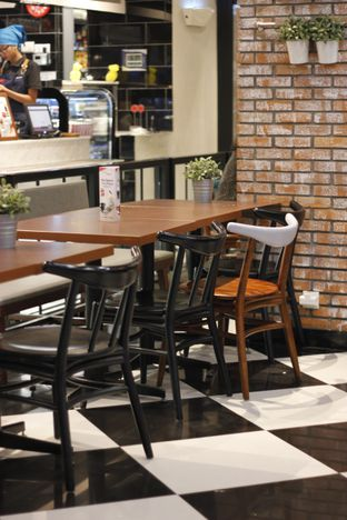 Foto 3 - Interior di The Kitchen by Pizza Hut oleh Erika Karmelia