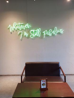 Foto 8 - Interior di Maketh Coffee & Eatery oleh Stallone Tjia (@Stallonation)