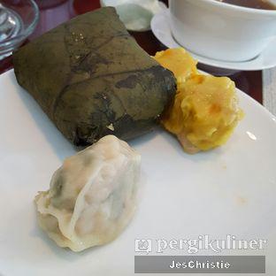 Foto 4 - Makanan(Lo Ma Kai) di The Deli - The Media Hotel & Towers oleh JC Wen