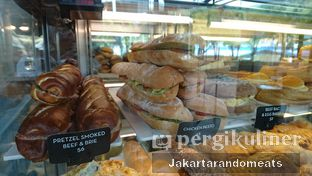 Foto 5 - Interior di Caribou Coffee oleh Jakartarandomeats
