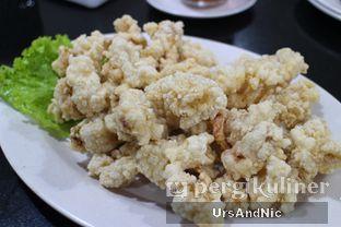 Foto 2 - Makanan(Cumi Goreng tepung) di Sari Laut Ujung Pandang oleh UrsAndNic