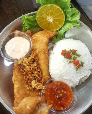 Foto 1 - Makanan di Fish & Cheap oleh Mitha Komala