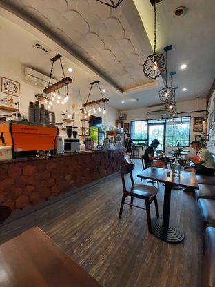 Foto 4 - Interior di Northsider Coffee Roaster oleh Geraldi Edward