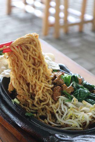 Foto 2 - Makanan di Bakso & Mie Ayam Yamin 33 oleh Vionna & Tommy