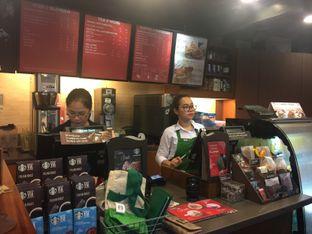 Foto 3 - Interior di Starbucks Coffee oleh Astrid Huang | @biteandbrew