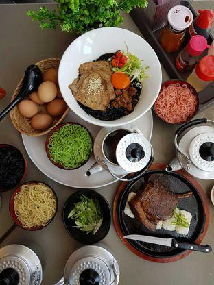 Foto 6 - Makanan di Universal Noodle Ichiro Chazuke Ramen Market oleh Makankalap
