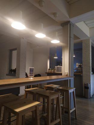 Foto 3 - Interior di Mayhaps oleh Adiba Putri