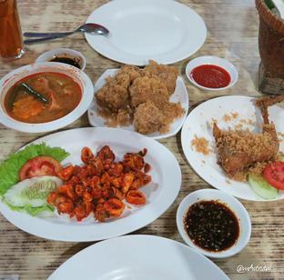 Foto review Lembur Kuring oleh Astrid Wangarry 2