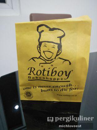 Foto 3 - Makanan di Roti Boy oleh Mich Love Eat