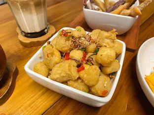 Foto review Komune Cafe oleh feedthecat  7