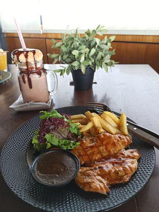 Foto 3 - Makanan di Royale Bakery Cafe oleh Junior