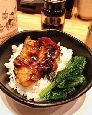 Foto 2 - Makanan di Tom Sushi oleh hrlypuputwp