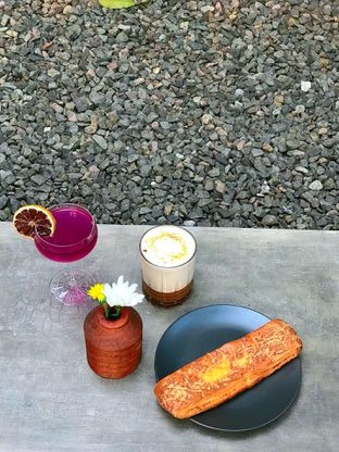 Foto review Emily Coffee Society oleh yudistira ishak abrar 12
