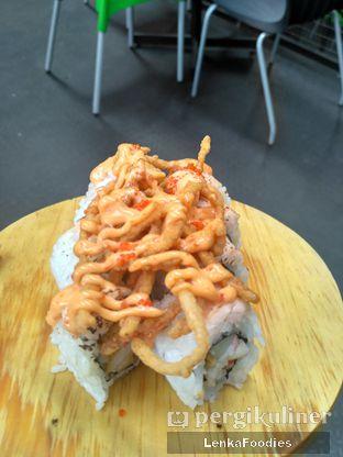 Foto 2 - Makanan di Jikasei Sushi oleh LenkaFoodies (Lenny Kartika)