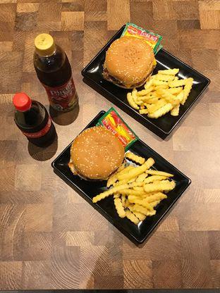 Foto 4 - Makanan di FIX Burger oleh yudistira ishak abrar