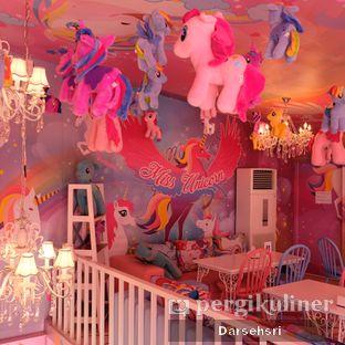Foto 12 - Interior di Miss Unicorn oleh Darsehsri Handayani