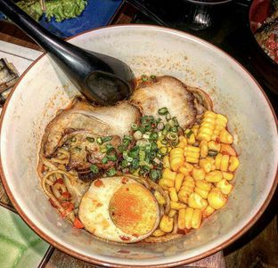 Foto 9 - Makanan di Ramen Hachimaki oleh GetUp TV